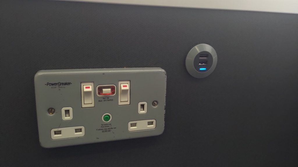火車上的插座