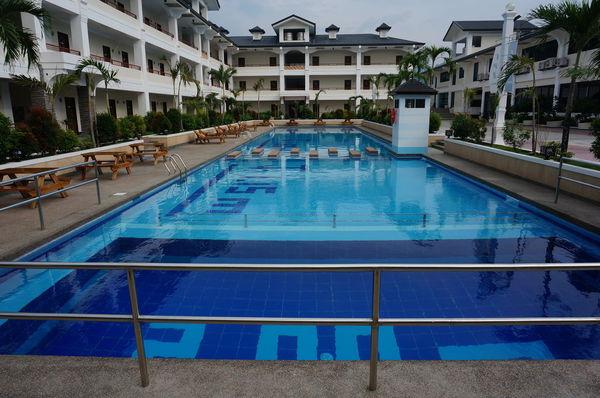 CPI校園泳池,潛水水道2.7M深度