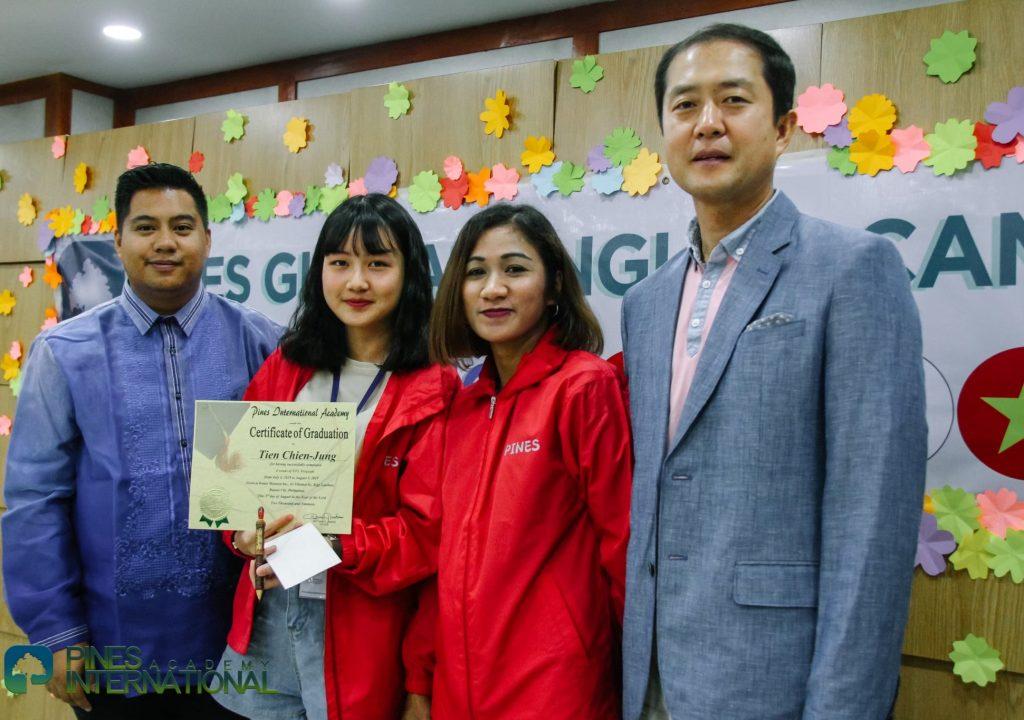 graduation_200120_0012